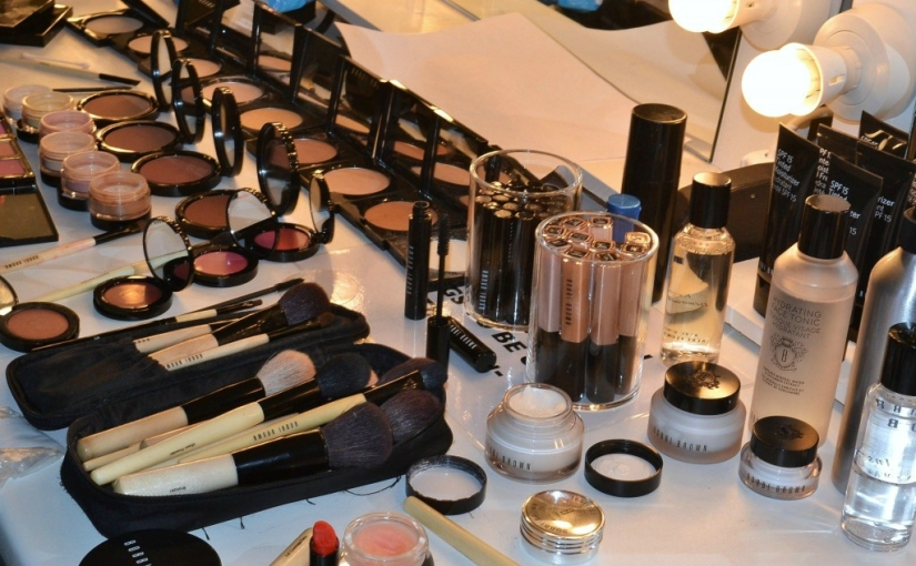 Bobbi Brown Backstage Beauty Blogger Makeup Artist Style Domination Makeup Hacks
