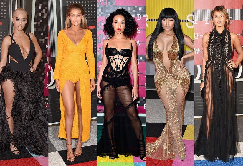 VMAs: Fashion Risks and CostumesAbound