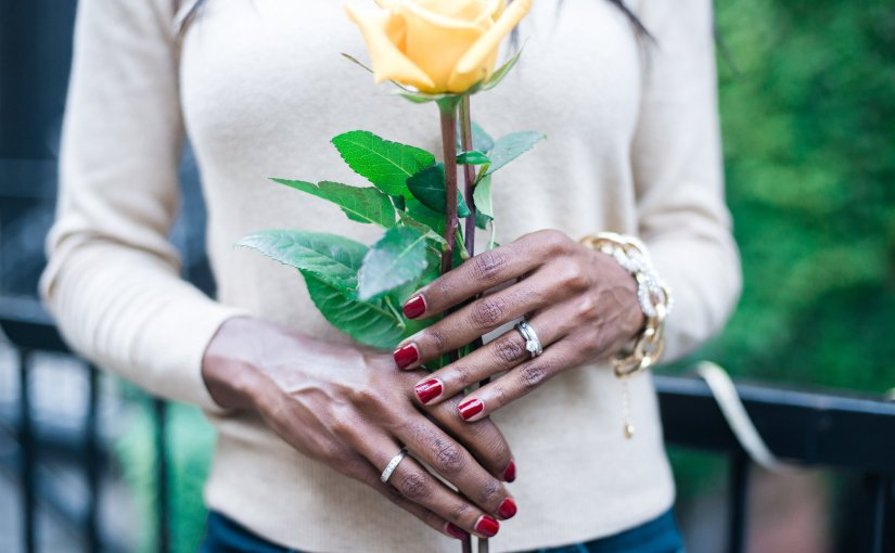#TRENDING: My Favourite Fall Nail Colours (Hint – The Darker, The Better)