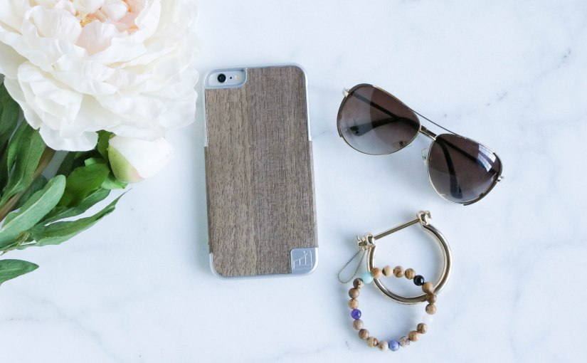 The Classiest Smartphone Case Ever: LuxBoxCase