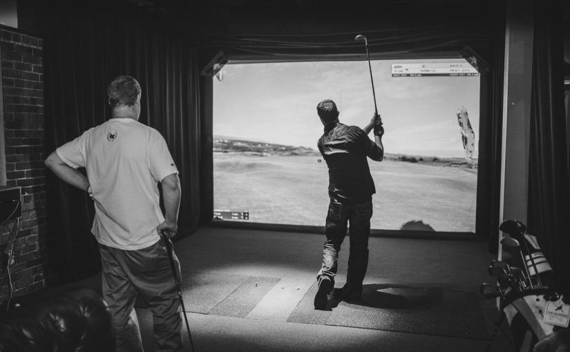 Mulligans Golf Bar: A Hole InOne!